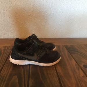 Boys Nike Flex Contact 11C Toddler Black Sneakers
